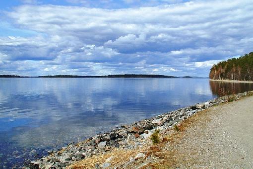 Озеро Пяйянне