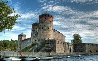 Крепость Олавинлинна в Савонлинне, Финляндия